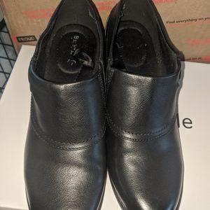 BLK slip on shoes